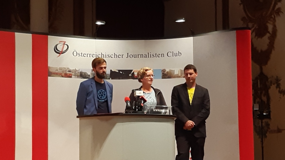 "Die ""ballesterer""-Chefredakteure Benjamin Schacherl, Nicole Selma und Jakob Rosenberg"