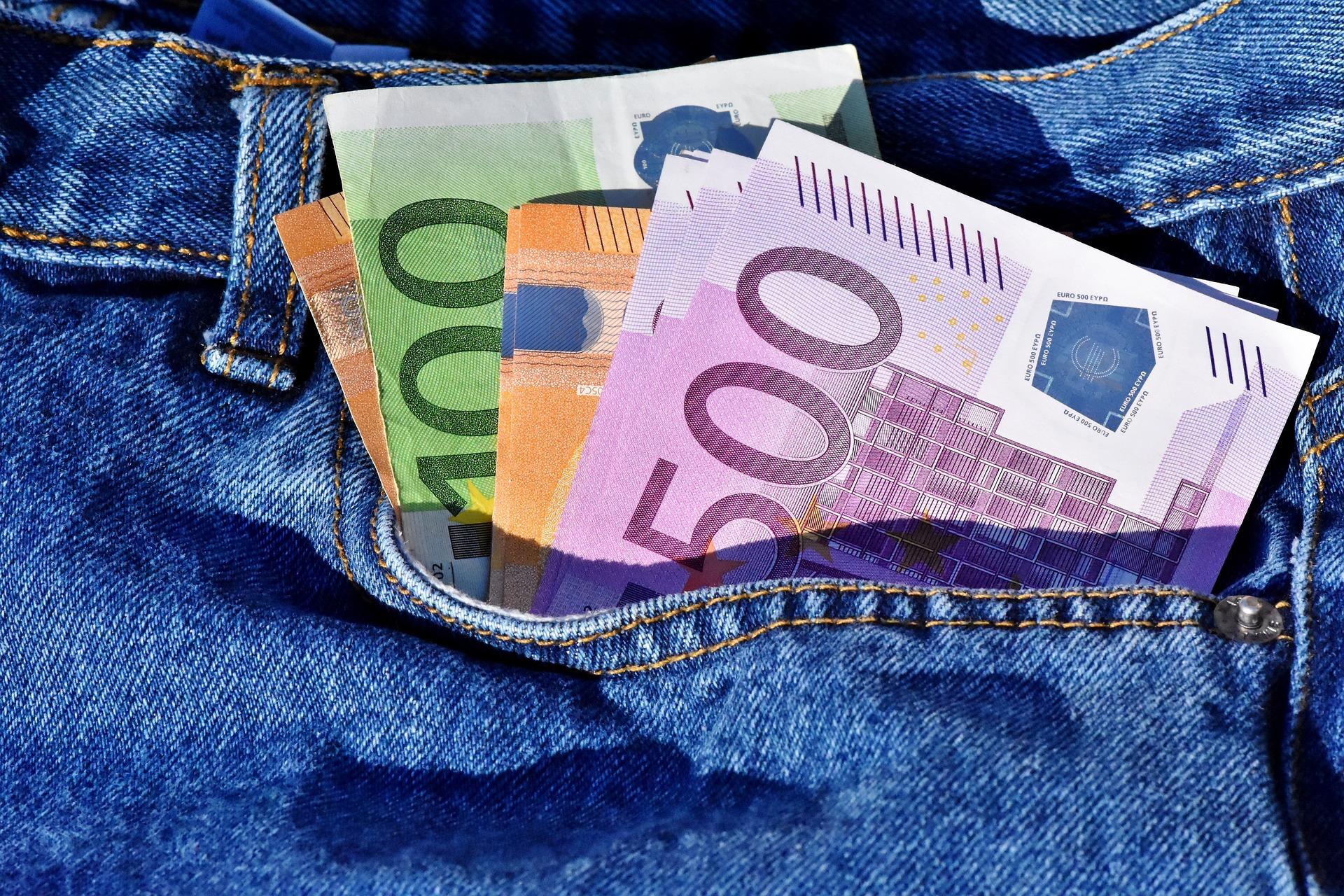 money 3115984 1920 17. Juni 2021