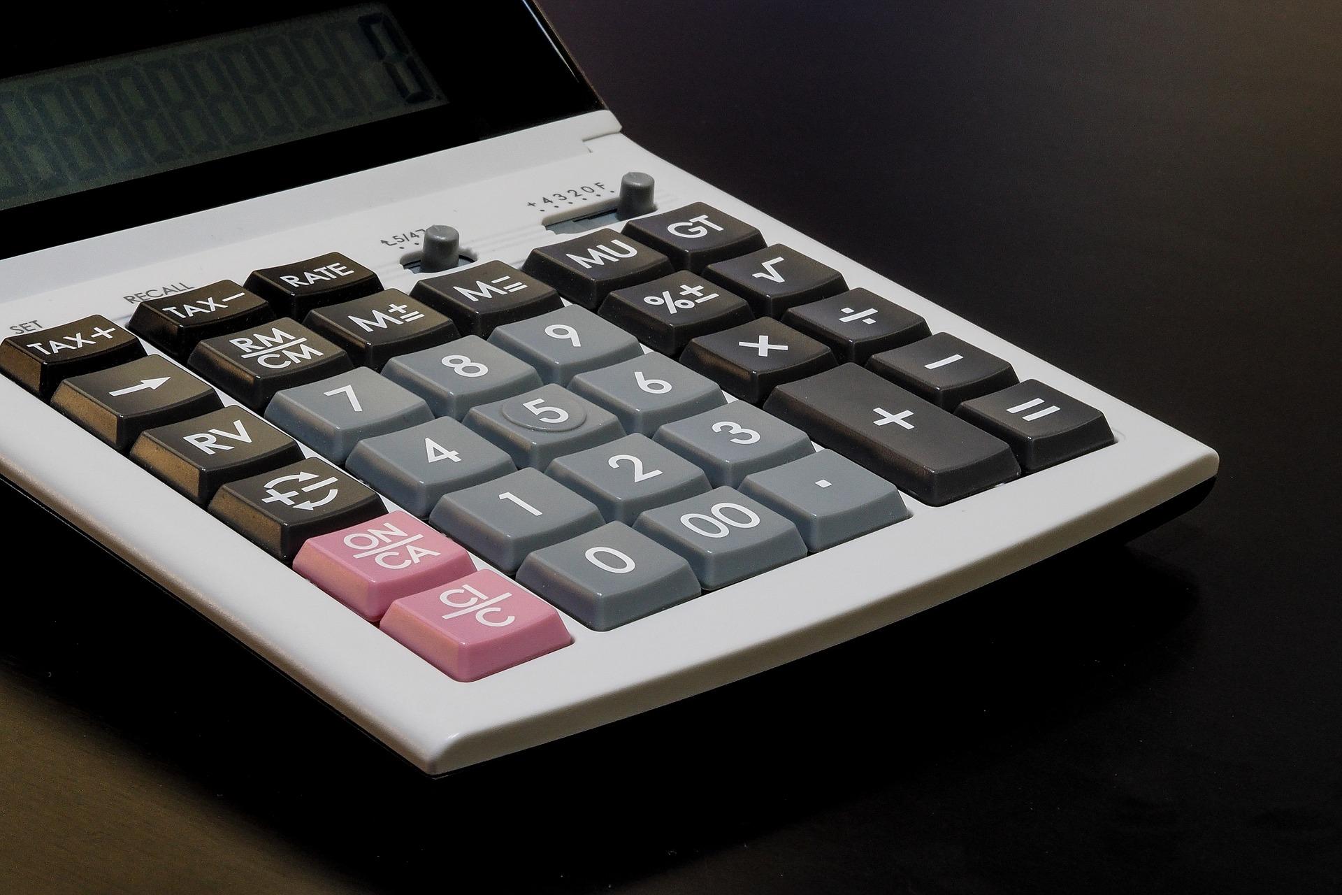 calculator 1085391 1920 16. Juni 2021
